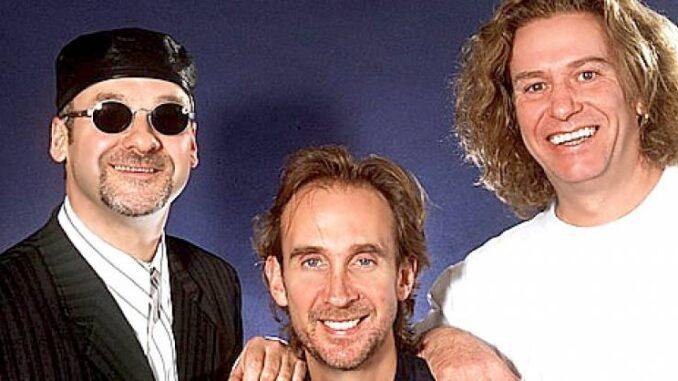 Paul Carrack, Mike y Paul Young juntos en MIKE & THE MECHANICS